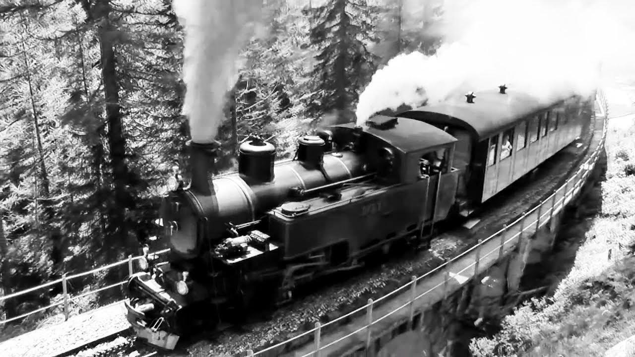 Một trong những hình ảnh tàu hỏa đầu tiên tại Việt Nam